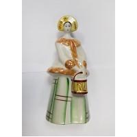 Девушка в кокошнике с ведром, Бронницы, клеймо БЗВ СССР.